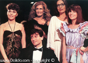 NANA MOUSKOURI, MIREILLE MATHIEU , CHANTAL GOYA  ET DALIDA / 1982